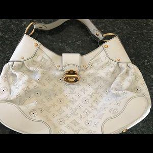 White Louis Vuitton Pocketbook